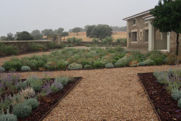 jardines-de-campo-Madroñeras27