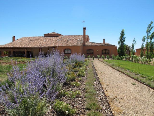 jardines-de-campo-Puente Arzobispo-30