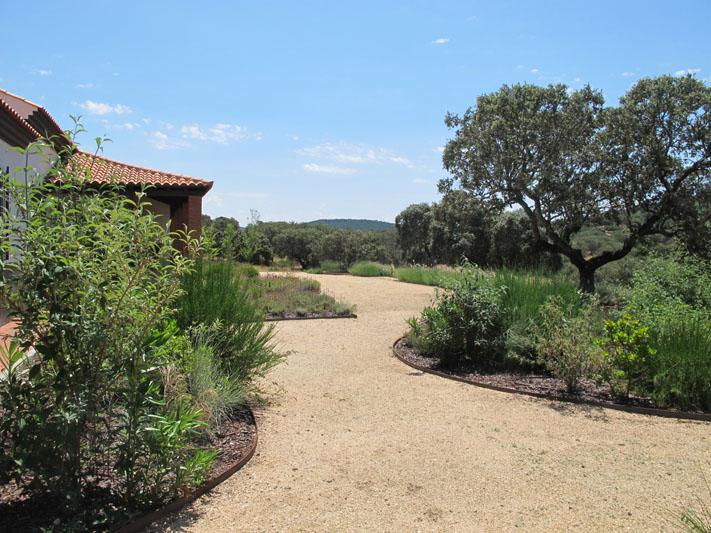 jardines-de-campo-coria-9